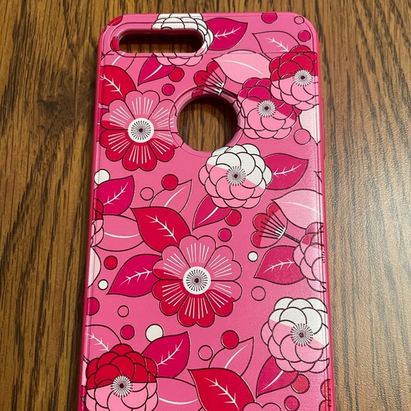 Barely used floral iphone 8plus case